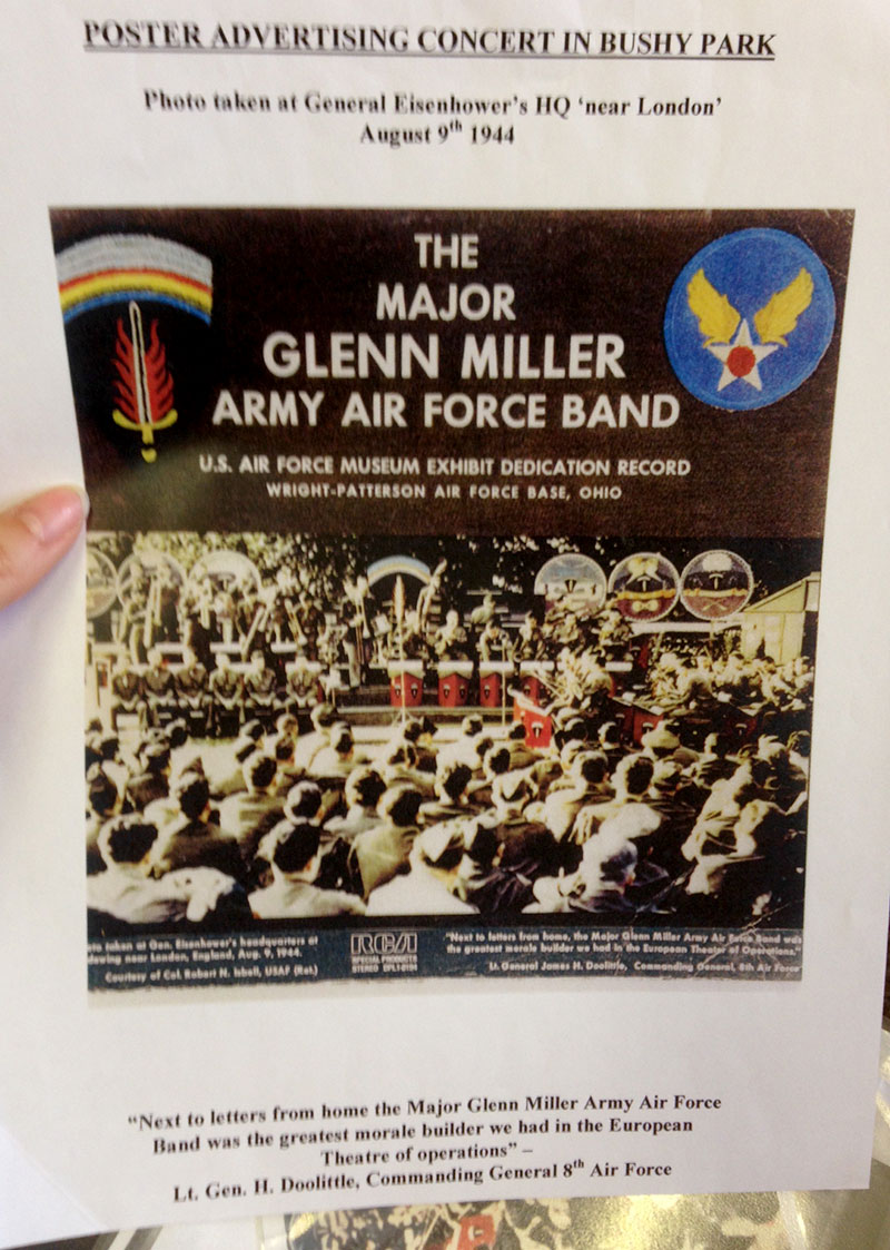 Sleeve for the Glenn Miller Army Air Force Band album.